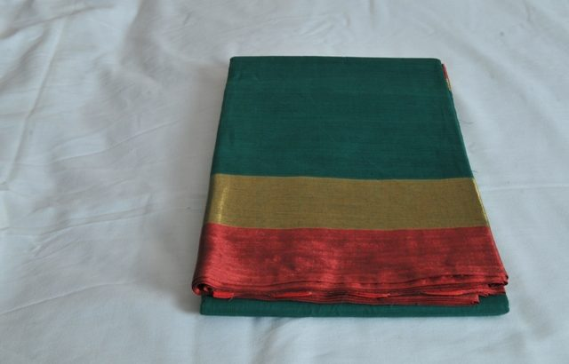 Green With Metallic Red & Gold Border Mixed Cotton Saree MCS00054